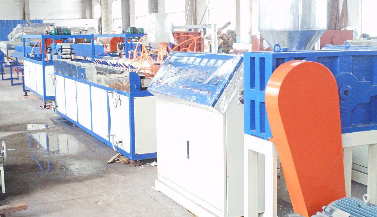扣板墙板_塑料型材生产线设备